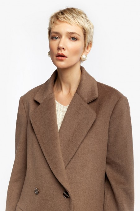 OVER DOUBLE-BREASTED COAT
